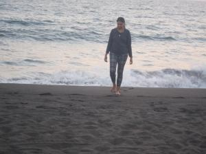 Boom Shikha walking on the beach, Monterico